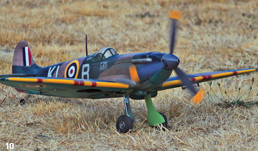 Guillow s Model Kit WWII Model Spitfire 403LC