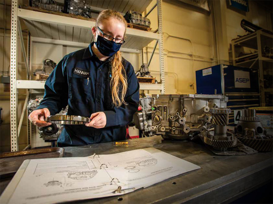 the university of alaska anchorage community and technical college offers apprenticeships
